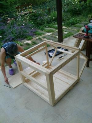 犬小屋作成作業風景